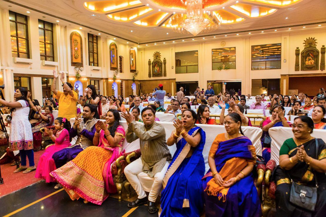 candid-wedding-photographer-bangalore-1166