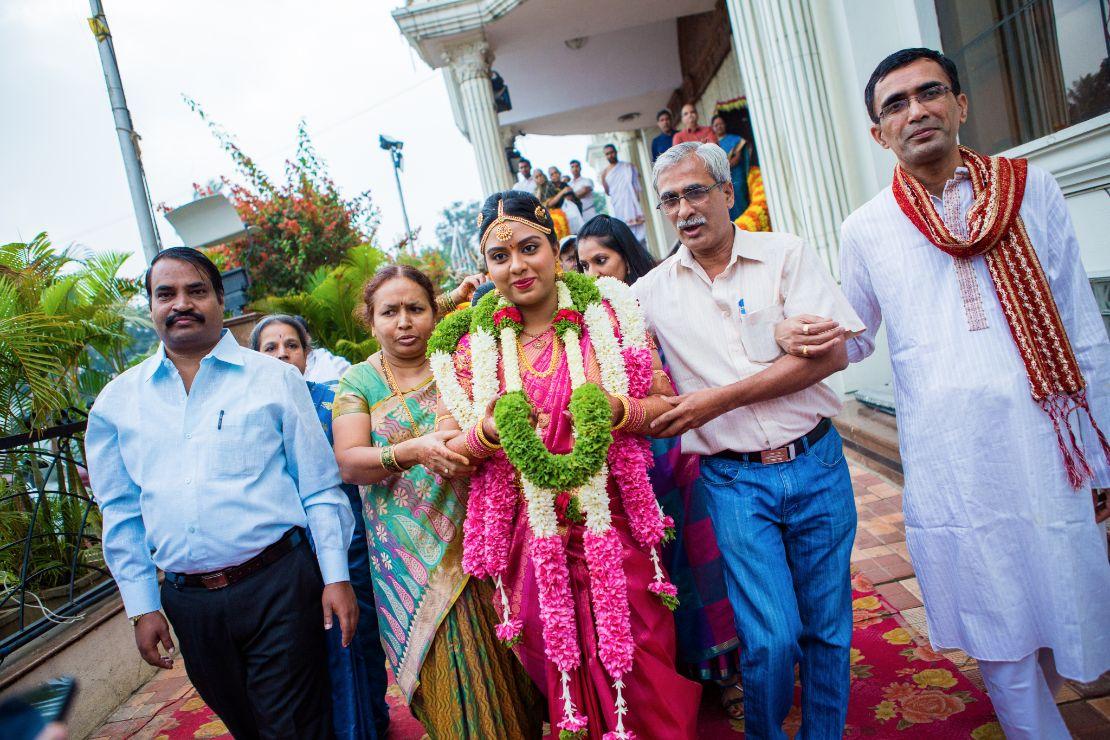 candid-wedding-photographer-bangalore-1505