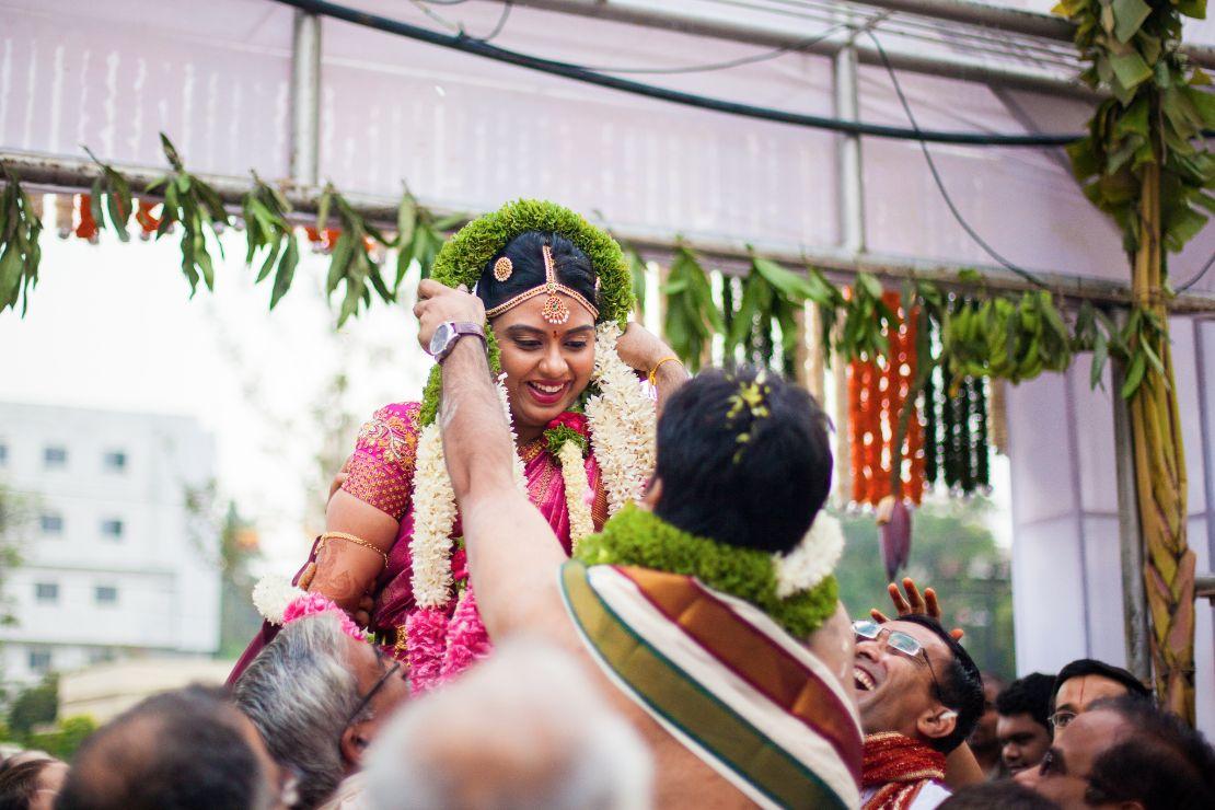 candid-wedding-photographer-bangalore-1511