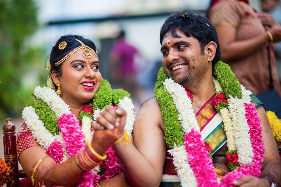 candid-wedding-photographer-bangalore-1527