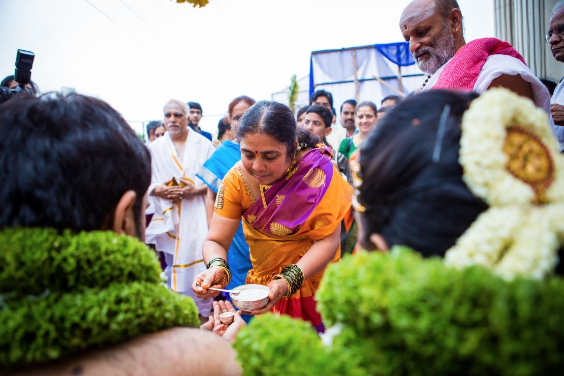candid-wedding-photographer-bangalore-1548