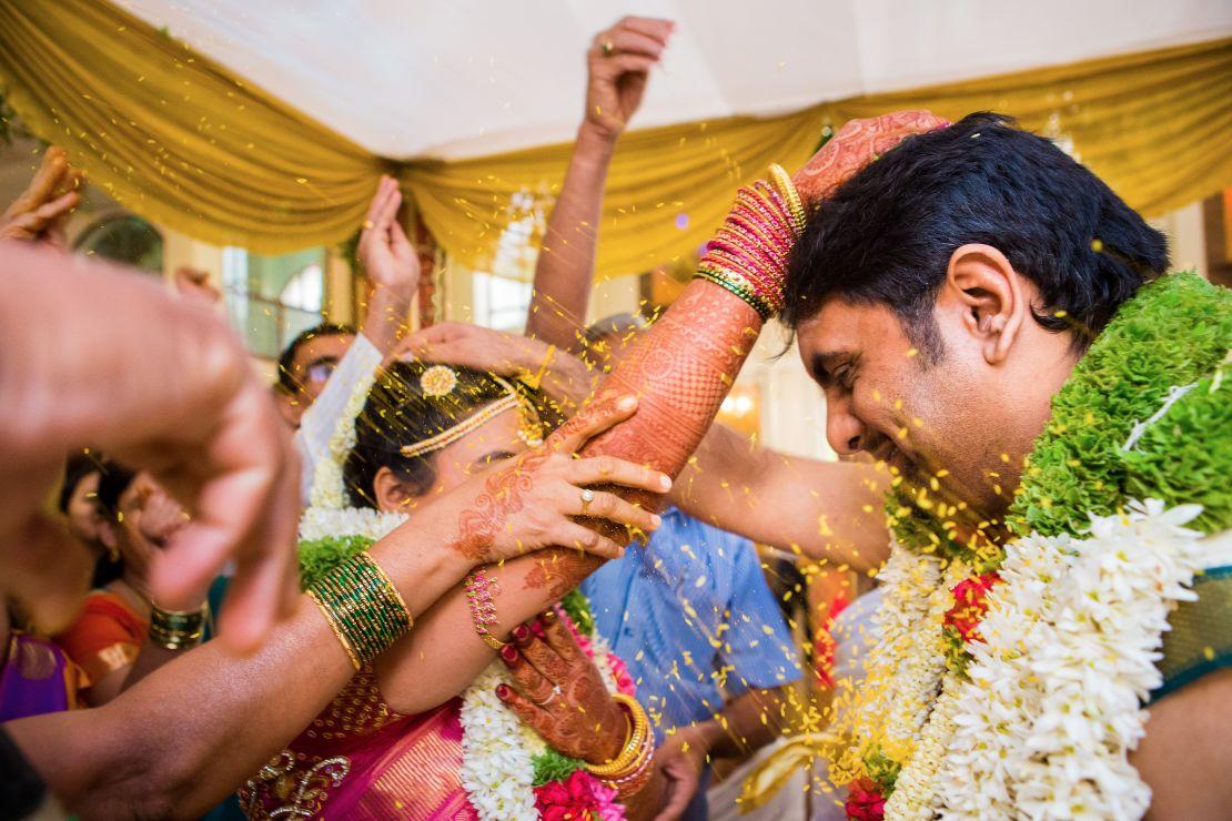 candid-wedding-photographer-bangalore-1648
