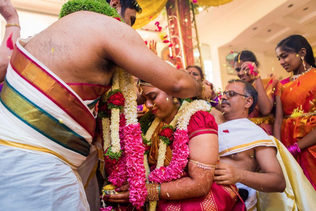 candid-wedding-photographer-bangalore-1731